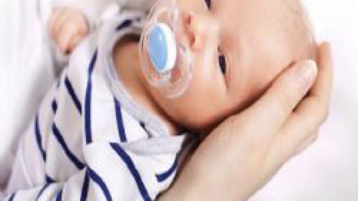 Bebeğinizin Emziğini Şekere Bala Batırmayın!