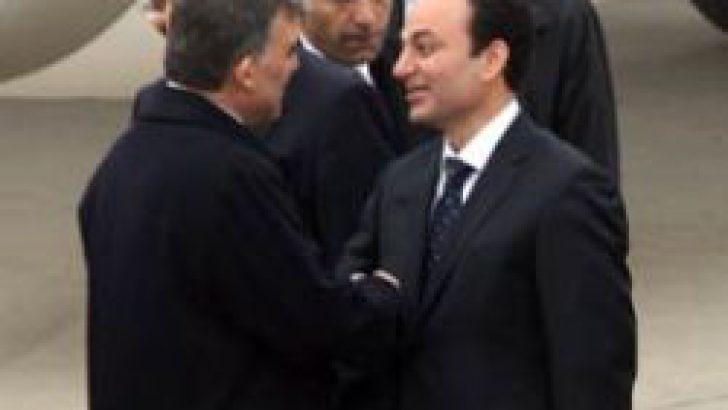 Cumhurbaşkanı Gül'ü Baydemir karşıladı