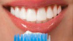 Sağlıklı Dişler İçin Fırçalama Yeterli Değil!