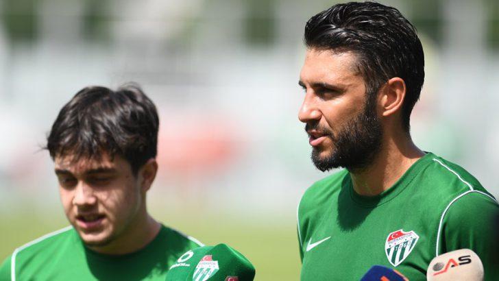 Futbolcularımız Cüneyt Köz ve Vefa Temel, Basın Mensuplarının Sorularını Yanıtladı.
